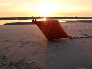 Eine der Aufgaben des Inspektors - Das Durchsetzen von Badeverboten am Strand
