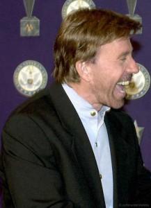 Kann sogar Hunde aus Bäumen retten: US-Actionstar Chuck Norris